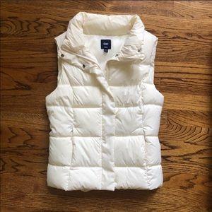 Gap white puffy vest